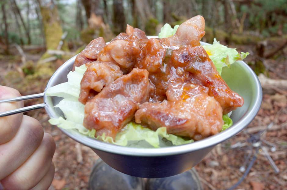 大菩薩嶺で食べた中落ちカルビの焼肉丼