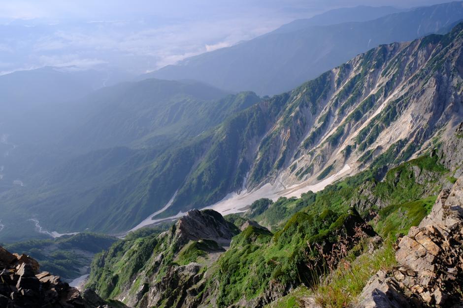 白馬岳山頂から見た白馬大雪渓