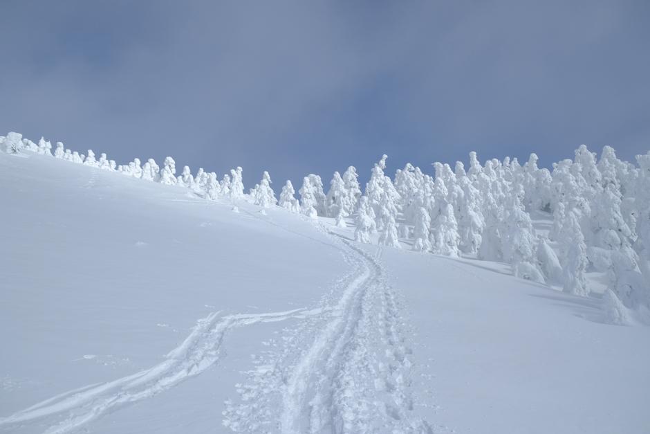 冬の西大巓登山
