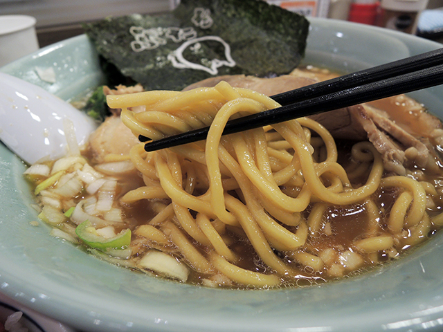 ぶたを流チャーシュー麺