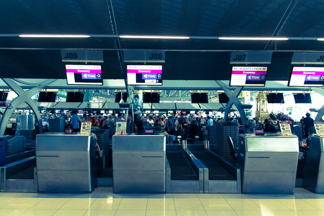 スワンナプーム国際空港のタイ国際航空チェックインカウンター