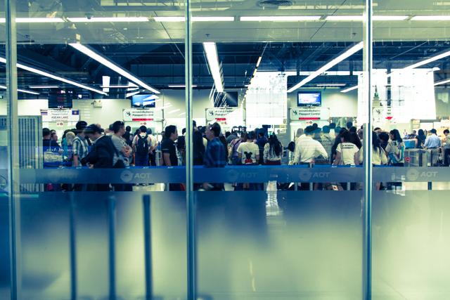 スワンナプーム国際空港のパスポートコントロール