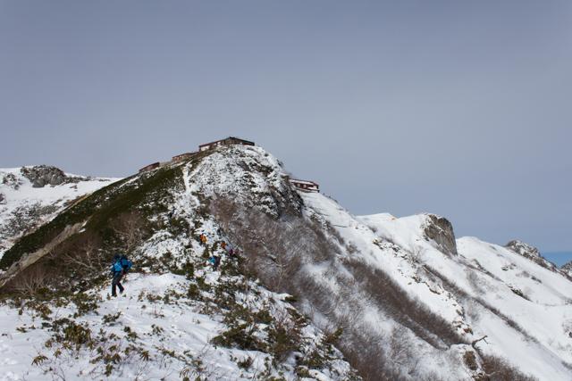 燕岳への登山道
