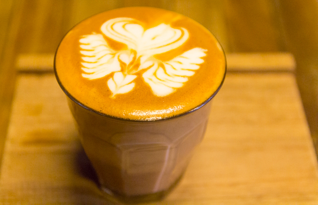 Ristr8toのカフェラテ