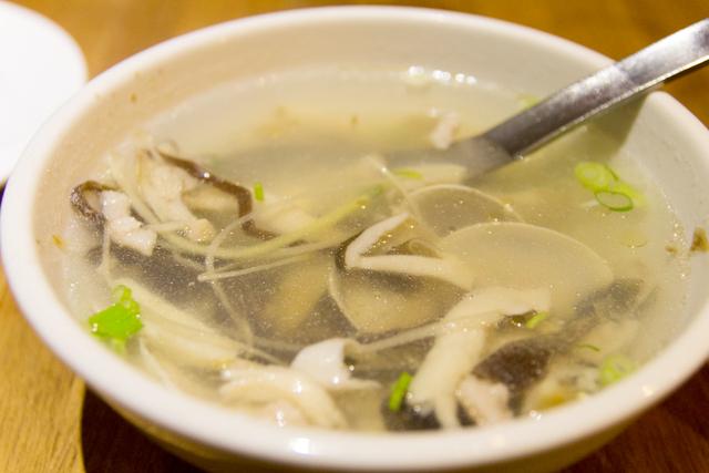 大來小館のきのこスープ