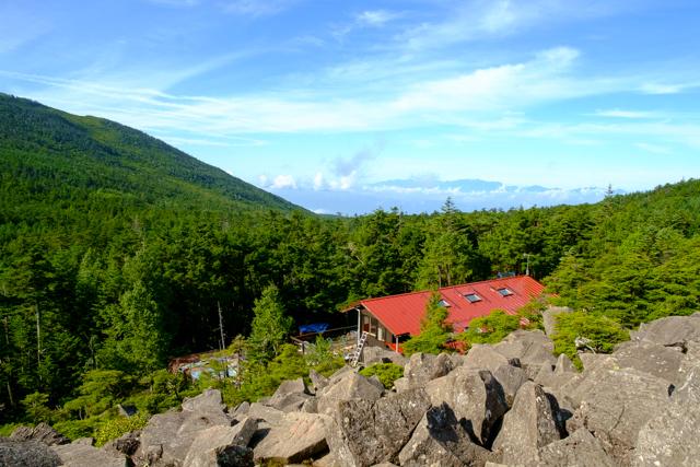 高見石からの高見石小屋