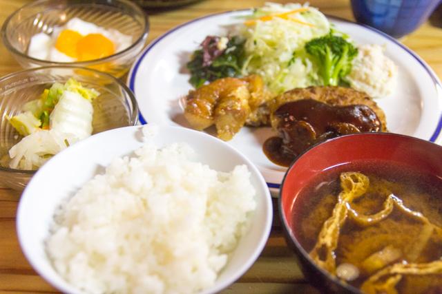燕山荘の夕食