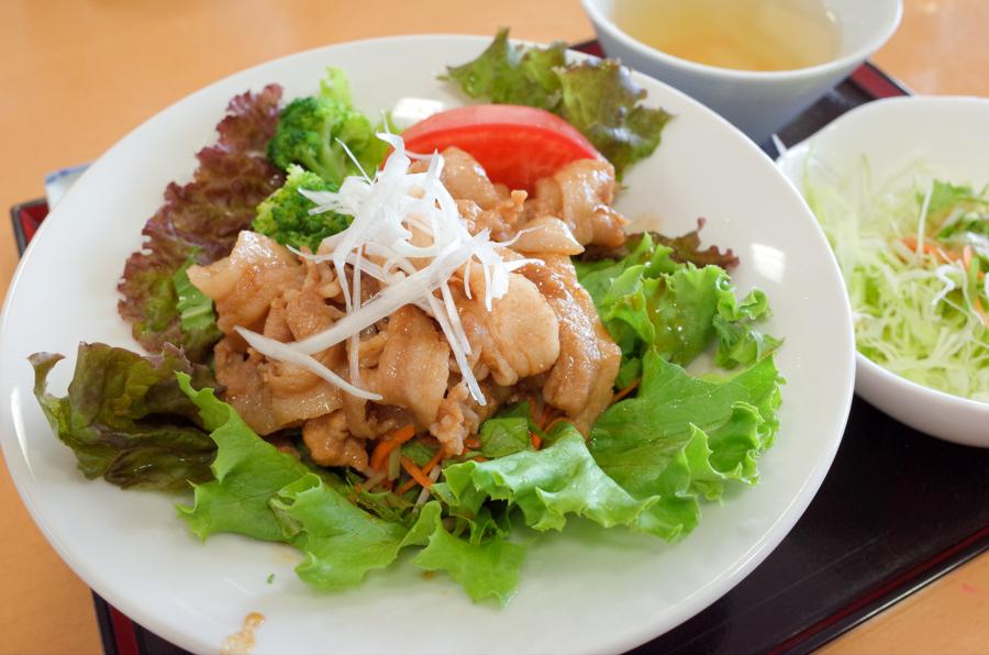 ファームキッチン味菜のあじさい丼