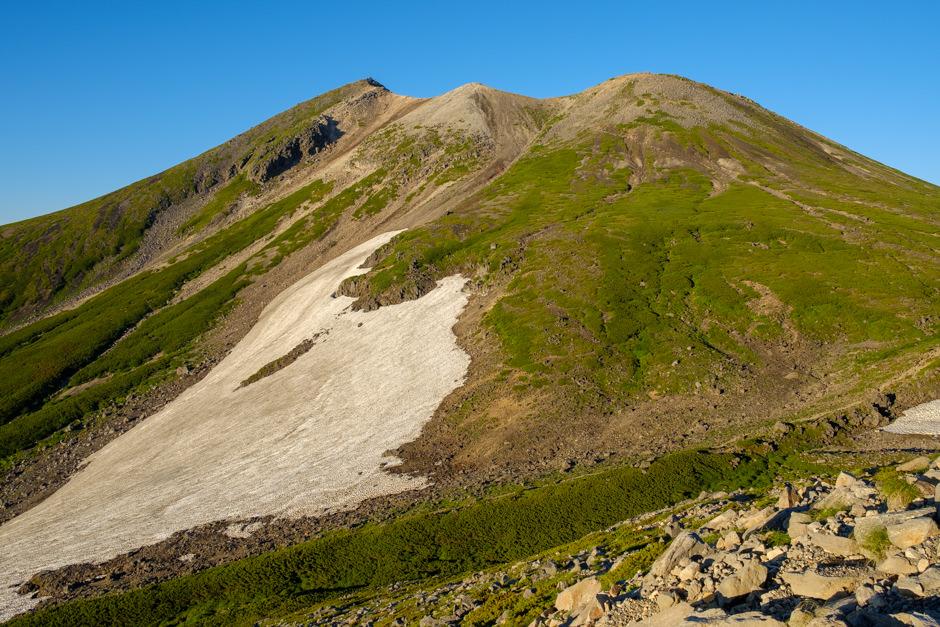 朝日を浴びた乗鞍岳