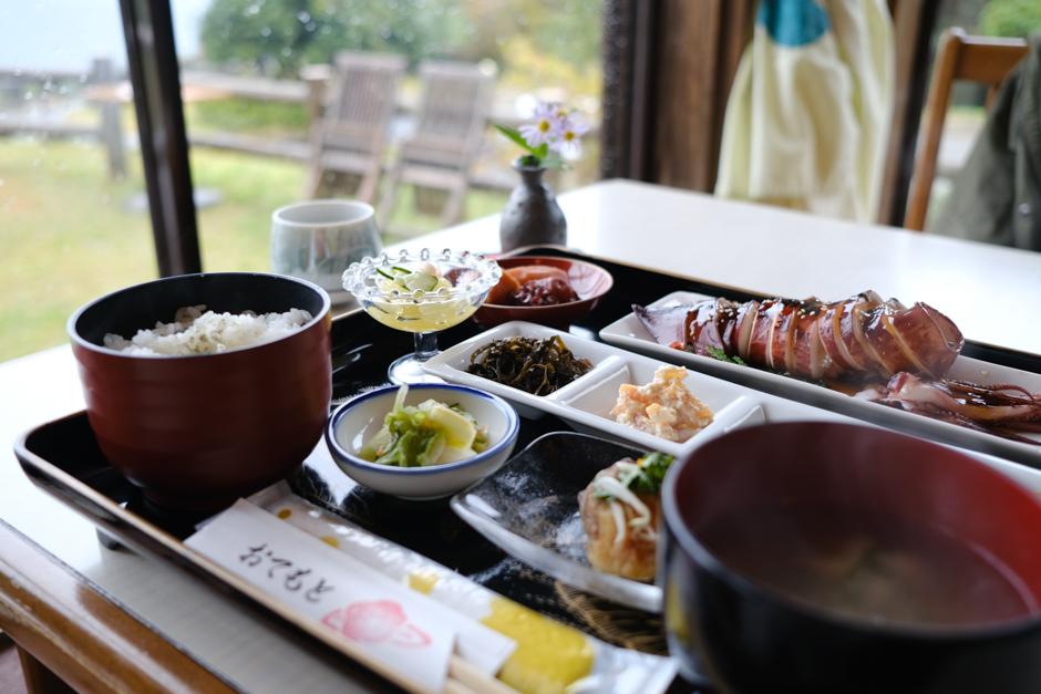 つばき茶屋のイカさま定食